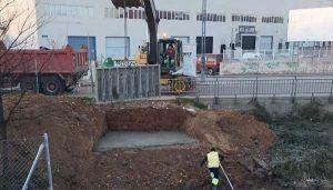 Comienza la construcción de un puente peatonal sobre el Arroyo Cabanillas, entre el Centro Joven y el Ferial