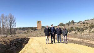 Diputación de Cuenca acondiciona el camino de acceso a la Torre Barrachina de Villar del Humo