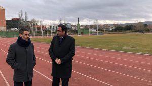 El Ayuntamiento de Cuenca aprueba la licitación de la pista de atletismo del Luis Ocaña y del césped de Obispo Laplana