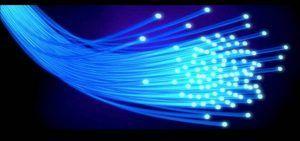 La Junta extenderá la fibra óptica a otras 120 localidades y 44 polígonos más de aquí a final de legislatura