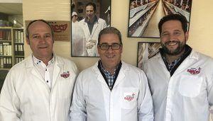 La Junta subvenciona mejoras en las instalaciones que la empresa Avícola Barco tiene en Fontanar