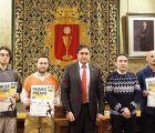 Mariscal entrega los premios a los ganadores del I Concurso de Pintura Mural y Grafiti