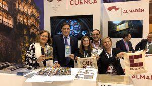 Mariscal y Segarra visitan el stand de Cuenca en la jornada de inauguración de FITUR 2019