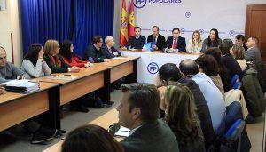Núñez propondrá desde Castilla-La Mancha al Ministerio que la Educación en las regiones lleve implícitos conocimientos sobre españolidad