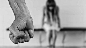 Detenido en Guadalajara un joven de 20 años por golpear a una mujer en el parque de la Concordia