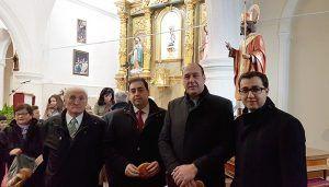 Doménech comprueba el inicio de la rehabilitación y mejora de la iglesia de San Miguel Arcángel de La Peraleja