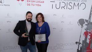 El alcalde de Brihuega recoge en representación del Ayuntamiento el premio al Mejor Destino Turístico de Castilla–La Mancha