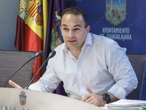 El PP denuncia el nuevo ataque del PSOE a las familias que optan por la educación concertada