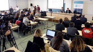 Estudiantes de Periodismo de la UCLM conocen en un ejercicio práctico cómo afrontar una rueda de prensa