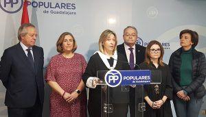 Guarinos El Gobierno de Sánchez, apoyado por el de Page, no puede negociar con golpistas el futuro de España. El futuro de España lo decidimos todos los españoles en las urnas