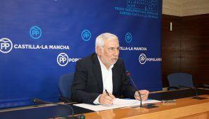 Jiménez Prieto resalta que Núñez se ha comprometido con salarios dignos y mejoras de las condiciones laborales de los profesionales para asegurar la calidad de la sanidad pública
