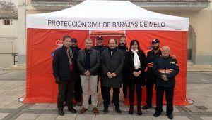 La Junta entrega una tienda de campaña de primeros auxilios a la Agrupación de Protección Civil de Barajas de Melo