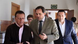 Núñez garantiza que su Gobierno no permitirá el cierre de los centros de Educación Especial de la región