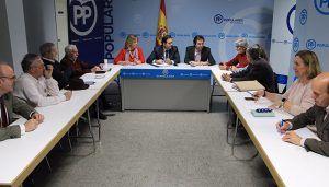 Núñez muestra su apoyo a la pesca por su importancia económica, deportiva y cultural para Castilla-La Mancha