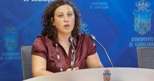 Verónica Renales acusa al delegado de la Junta de mentir El Ayuntamiento nunca ha denegado a ninguna asociación espacios municipales para el desarrollo de sus actividades