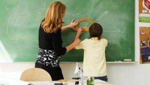 ANPE destaca que las maestras y profesoras fueron pioneras dando visibilidad a la mujer como miembro de pleno derecho de la sociedad
