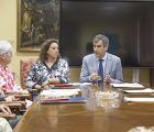 Antonio Román y los responsables de 6 de las Ong´s que recibirán subvenciones para sus proyectos de Cooperación, Educación y Ayudas de Emergencia firman los respectivos convenios con el Ayuntamiento