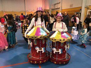 Cuenca celebra el Carnaval con un desfile de color y diversión
