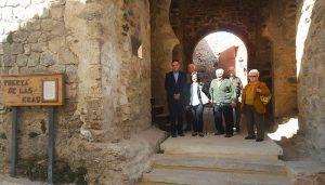 Diputación de Cuenca devuelve su esplendor a la muralla de Cañete con tres actuaciones por valor de 600.000 euros