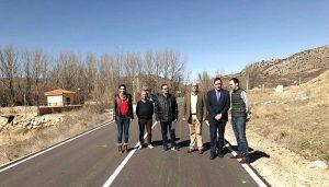 Diputación de Cuenca ha invertido más de 600.000 euros en el refuerzo del firme de la CUV-5003 entre Salvacañete y El Cubillo