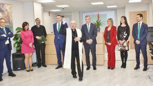 El Obispo de Segorbe-Castellón bendice la nueva oficina de Eurocaja Rural en Castellón