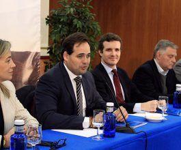 El PP-CLM intensificará los contactos con los sectores cinegético y taurino para re-coger medidas que se incluirán en el pro-grama electoral de las autonómicas