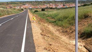 Los ecologistas denuncian que la Junta inunda de glifosato y acaba con casi todos los árboles de las cunetas de las carreteras regionales