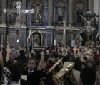 """""""Unidad y diálogo"""" definen una Semana Santa marcada por la lluvia"""