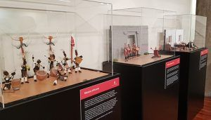 Cerca de 2.000 escolares han visitado la Exposición Plastihistoria de la música en la Sala de Arte de la Diputación de Guadalajara