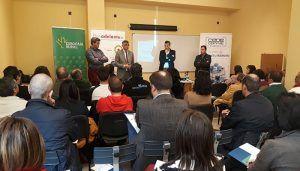 Cerca de cien empresarios de Iniesta y San Clemetne asisten a las jornadas sobre ayudas de la Junta