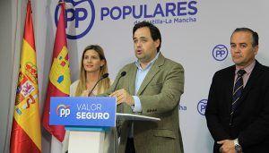 El PP debe ponerse en pie y luchar por las municipales y autonómicas porque aún hay partido