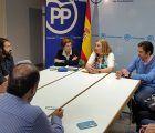 El PP recoge las propuestas de los colectivos que trabajan en la protección a la infancia