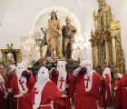 La Colegiata de Pastrana acoge la procesión de Jueves Santo a causa de la lluvia