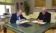 La Diputación de Guadalajara cede una parcela a la Residencia de Mayores Juan Pablo II de Alovera para mejorar su atención a los residentes