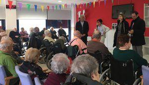 La Junta felicita a la residencia de mayores Los Nogales en su decimoquinto aniversario