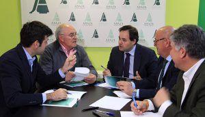 Núñez apuesta por trabajar junto a agricultores y ganaderos reforzando la actividad agrícola de la región a través la modernización, la tecnificación y la comercialización