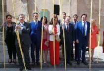 La Corporación Municipal, presidida por el alcalde, asiste a la procesión del Hossana y a la misa en la Catedral
