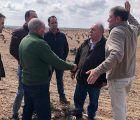 Tirado defiende que el Gobierno del PP aportará soluciones para que ganaderos y agricultores vivan con una renta digna