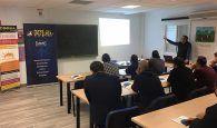 Una quincena de empresarios se forman sobre autoconsumo solar en la sede de UNICO