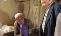 Almiruete celebra el Día de la Colación invitando a pan y bollos a vecinos y visitantes