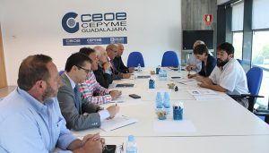 El Comité de Dirección de la patronal alcarreña traslada a los candidatos de AIKE las demandas de los empresarios de Guadalajara