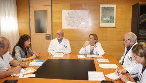 La Gerencia del Área Integrada de Cuenca continúa su ronda de contactos con colectivos de pacientes y se reúne con la Asociación de Párkinson