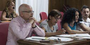 Los concejales de Izquierda Unida en Azuqueca denuncian la actitud del gobierno de Blanco cuando aún no ha acabado su mandato.