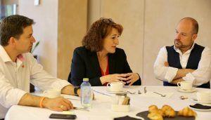 """Soraya Rodríguez """"Tenemos un compromiso con la competitividad y la sostenibilidad de nuestros pueblos, y vamos a trabajar por revertir el declive demográfico en nuestras zonas rurales"""""""
