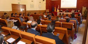Unos 40 empresarios se interesan en Cuenca por las novedades impositivas en la jornada organizada por Discongas