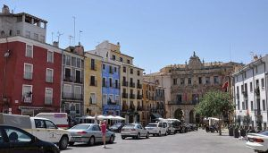 Este lunes dejará de haber tiempo límite para transitar por el Casco Antiguo de Cuenca, pero se sancionará el estacionamiento indebido