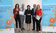 La docente María de los Ángeles Almazán Mínguez, del IES 'Profesor Domínguez Ortiz' de Azuqueca de Henares, galadornada en los 'Premios Nacionales 'eTwinning 2019'