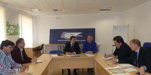 ACESANC y la patronal conquense acuerdan reforzar las visitas a las empresas de la comarca