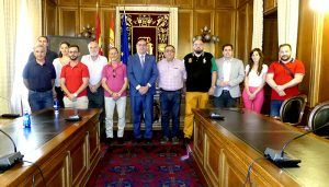 Prieto conoce de primera mano los estudios de investigación becados con 80.000 euros por la Diputación de Cuenca