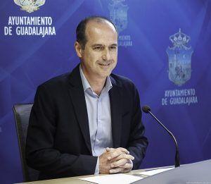 """El alcalde de Guadalajara destaca lo positivo que es para la ciudad que """"todo el Palacio del Infantado sea de todos"""""""